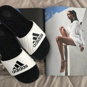 NWOT ADIDAS black and white slides Sz 8